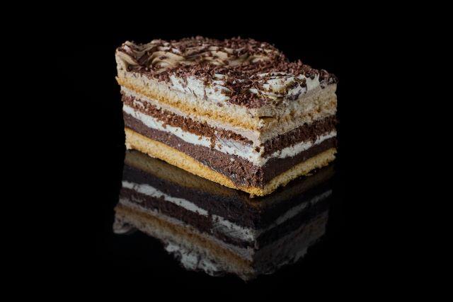 Hawana - ciasto biszkoptowe z truflą i nadzieniem kukułkowym