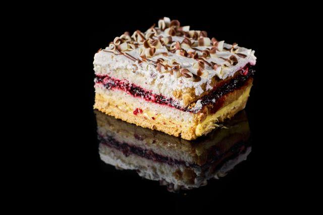 Koktajlowe - miodowo-biszkoptowe ciasto