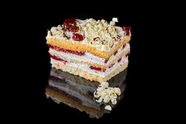 Ciasto biszkoptowe Malinowy Raj