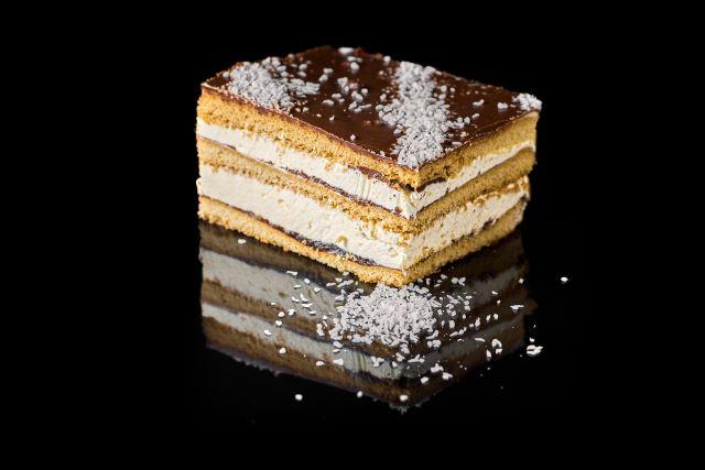 Miodziak - kruche ciasto biszkoptowe