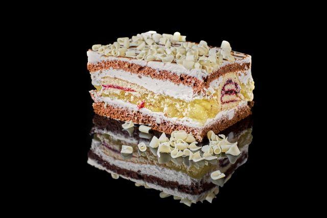 Ciasto Prima - biszkopt z delikatną śmietanką