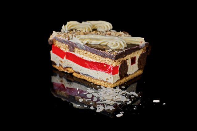 Sekret - biszkoptowe ciasto miodowe z truflą