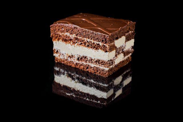 Tureckie - ciemne ciasto biszkoptowe