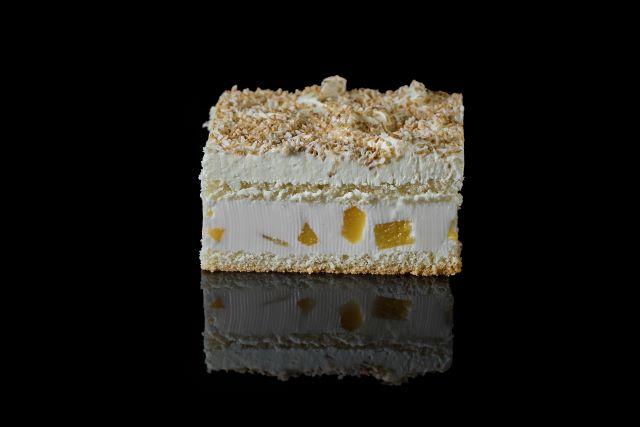 Biszkoptowe ciasto z budyniem Biała dama