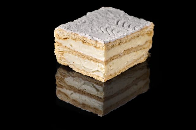 Napoleonka - ciasto półfrancuskie z budyniem